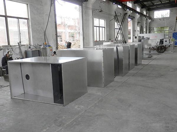 后厨3.1米*1.2米*1.85米自动一体化油脂分离器油用什么泵抽