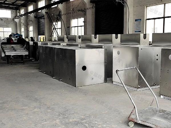 工厂食堂8吨的长宽高自动提升油水分离处理装置原理介绍